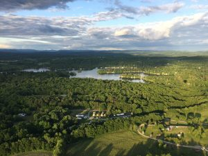 hot air balloons floating over kinderhook lake 300x225 - hot-air-balloons-floating-over-kinderhook-lake