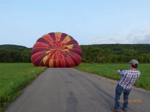 hot air balloons launch 300x225 - hot-air-balloons-launch