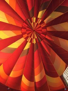hot air balloons looking up into aa 225x300 - hot-air-balloons-looking-up-into-aa