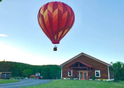 hot-air-balloons-syr-barn