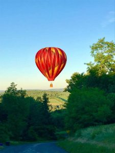 hot air balloons syr sun 225x300 - hot-air-balloons-syr-sun